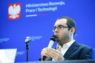 Pełnomocnik Rządu do spraw Polityki Młodzieżowej, wiceprzewodniczący Komitetu do spraw Pożytku Publicznego Piotr Mazurek
