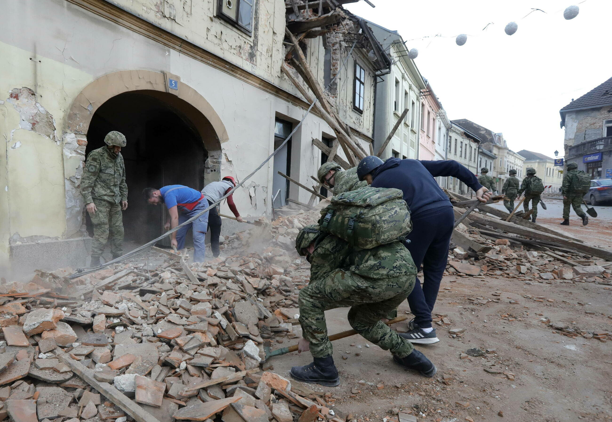 Petrinja, Chorwacja. 29.12.20 Doszło tam do trzęsienia ziemi