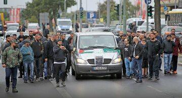 Pogrzeb Nidala R. zastrzelonego w Berlinie w wyniku porachunków arabskich klanów