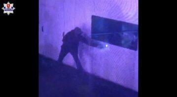 Policja opublikowała nagranie z podpalenia punktu szczepień w Zamościu
