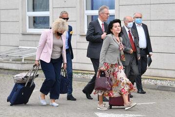 Politycy PiS drodze na wyjazdowe posiedzenie klubu parlamentarnego