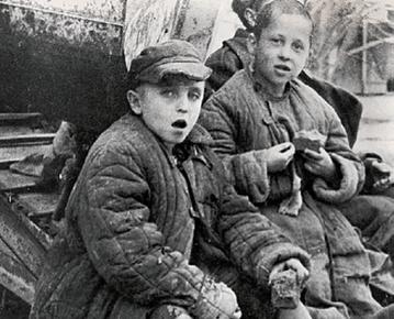 Polskie dzieci zesłane w głąb Związku Sowieckiego. Zdjęcie ilustracyjne