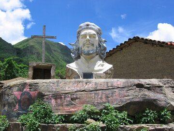Pomnik Che Guevary w La Higuera w Boliwii