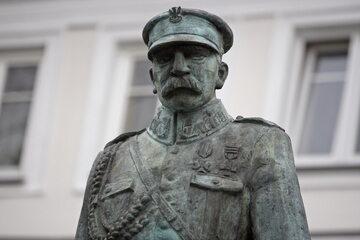 Pomnik Marszałka Józefa Piłsudskiego w Suwałkach