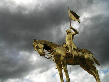 Pomnik św. Joanny d'Arc – zdjęcie ilustracyjne