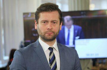 Poseł Porozumienia Kamil Bortniczuk w Sejmie