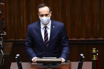 Poseł Solidarnej Polski (Klub PiS) Janusz Kowalski na sali plenarnej Sejmu w Warszawie