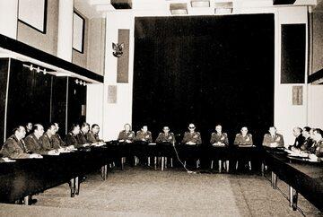 Posiedzenie Wojskowej Rady Ocalenia Narodowego (14 grudnia 1981 r.)
