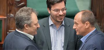 Posłowie klubu Kukiz'15 (od lewej): Marek Jakubiak, Stanisław Tyszka i Paweł Kukiz