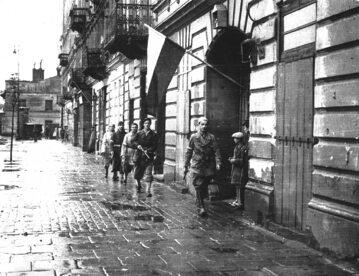 Powstanie Warszawskie. Pierwsze dni sierpnia 1944 roku