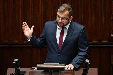 Premier Mateusz Morawiecki i minister rolnictwa i rozwoju wsi Grzegorz Puda w Sejmie.