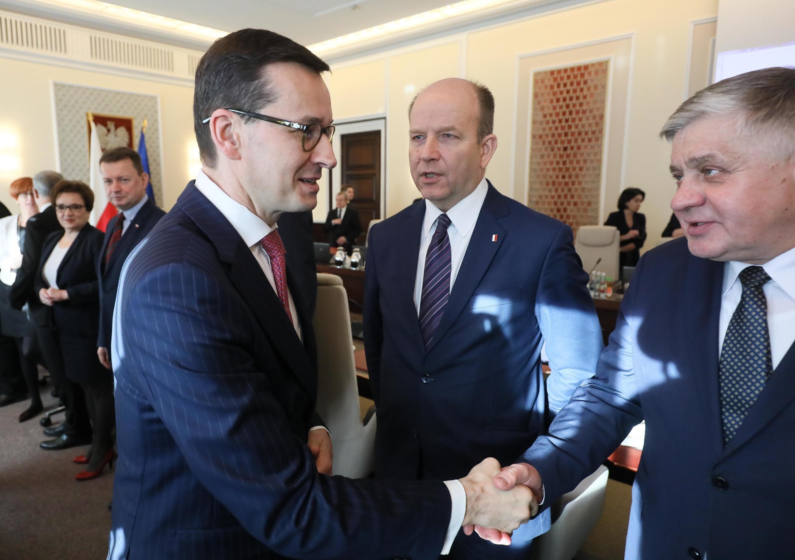 Premier Mateusz Morawiecki i minister rolnictwa Krzysztof Jurgiel