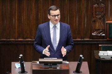 Premier Mateusz Morawiecki przemawia na sali obrad w Sejmie w Warszawie