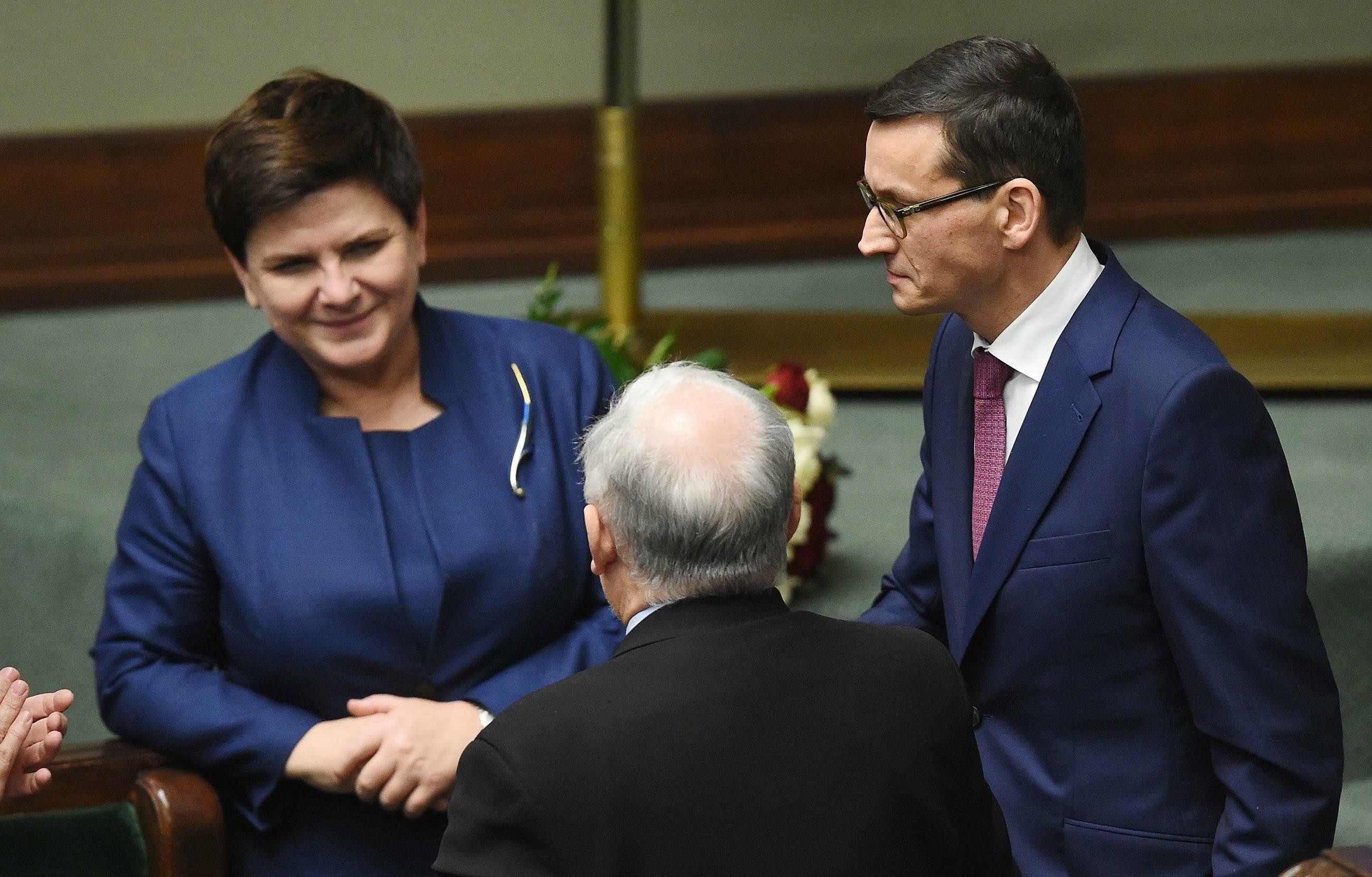 Premier Mateusz Morawiecki, wicepremier Beata Szydło oraz prezes PiS Jarosław Kaczyński