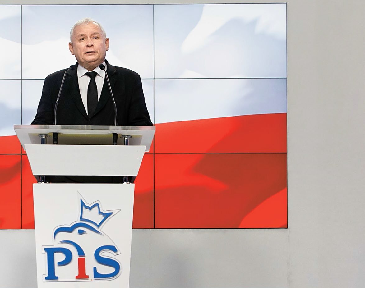 Prezes PiS Jarosław Kaczyński w ubiegłym tygodniu ogłosił na konferencji, że nie tylko ministrowie i wiceministrowie zwrócą premie, ale że obcięte ustawowo zostaną uposażenia posłów oraz samorządowców