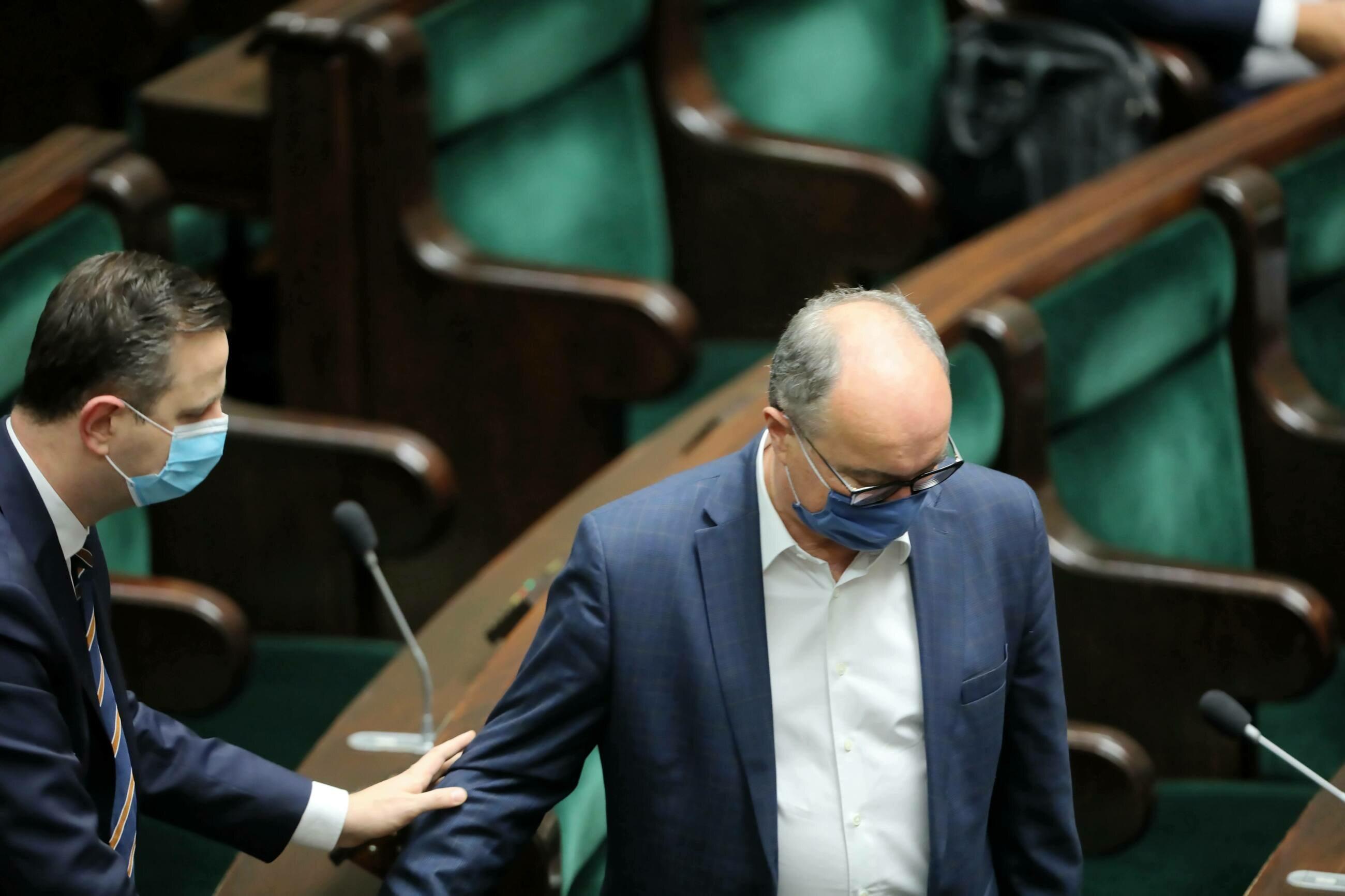 Prezes PSL Władysław Kosiniak-Kamysz (L) i wicemarszałek Sejmu Włodzimierz Czarzasty na sali sejmowej.