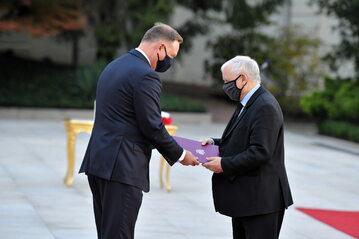 Prezydent Andrzej Duda i prezes PiS Jarosław Kaczyński podczas uroczystości zaprzysiężenia rządu
