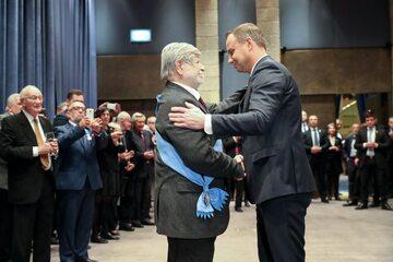 Prezydent Andrzej Duda i prof. Szewach Weiss
