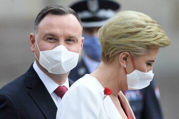 Prezydent Andrzej Duda z małżonką Agatą Kornhauser-Dudą podczas Święta Konstytucji 3 maja