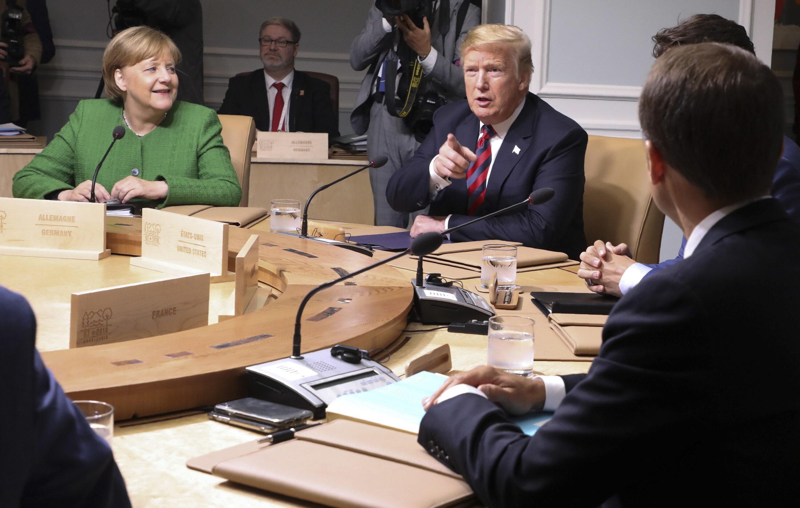 Prezydent Donald Trump, kanclerz Angela Merkel i prezydent Emmanuela Macron podczas szczytu G7