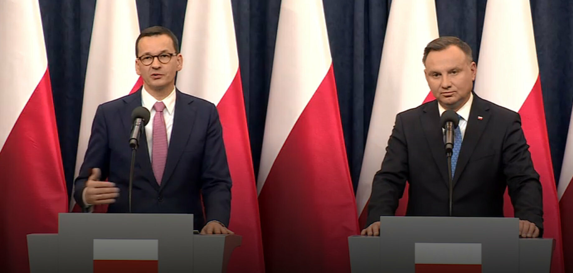 Prezydent poinformował, że podpisał nowelizację ustawy przyznającej Telewizji Polskiej i Polskiemu Radiu prawie 2 mld zł rekompensaty.