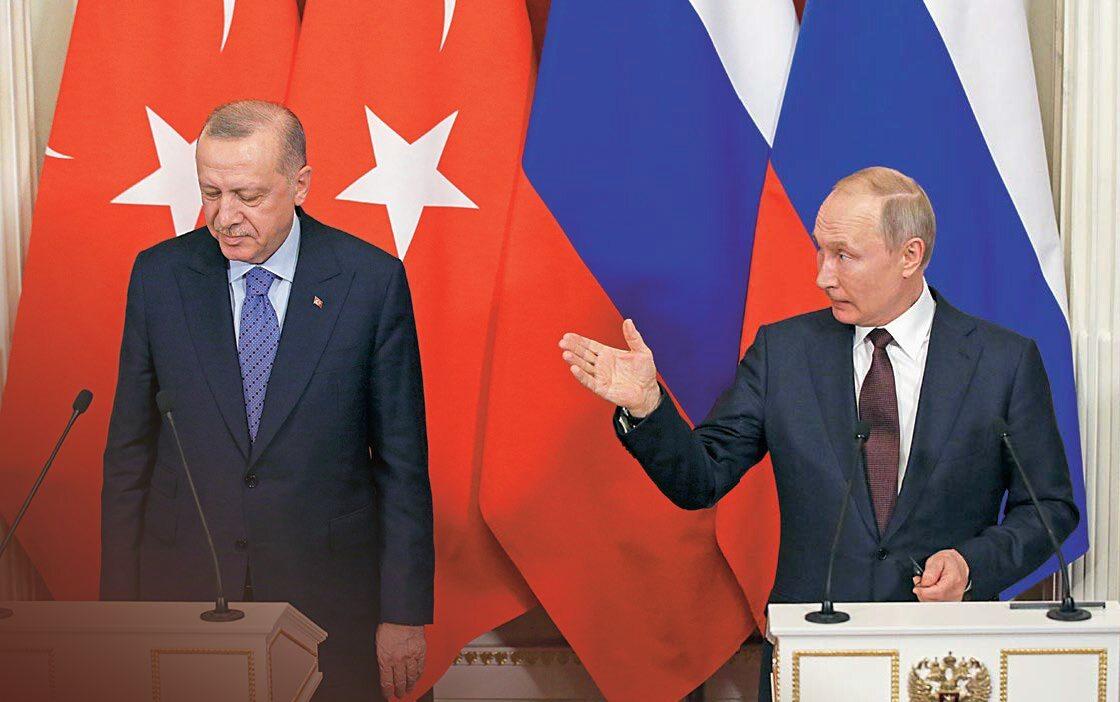Prezydent Turcji Recep Tayyip Erdogan (z lewej) i prezydent Rosji Władimir Putin