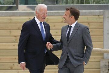 Prezydent USA Joe Biden i prezydent Francji Emmanuel Macron