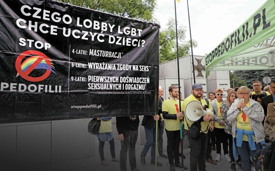 """Protest pod Sejmem inicjatorów obywatelskiej ustawy """"Stop Pedofilii"""", 17 lipca 2019 r."""