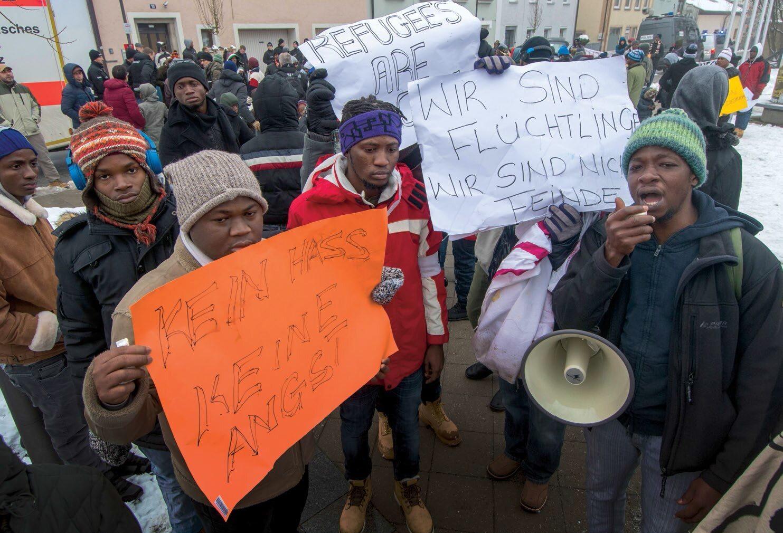 Protest uchodźców w Niemczech przeciw obozom przejściowym i deportowaniu ich z UE, grudzień 2017 r.