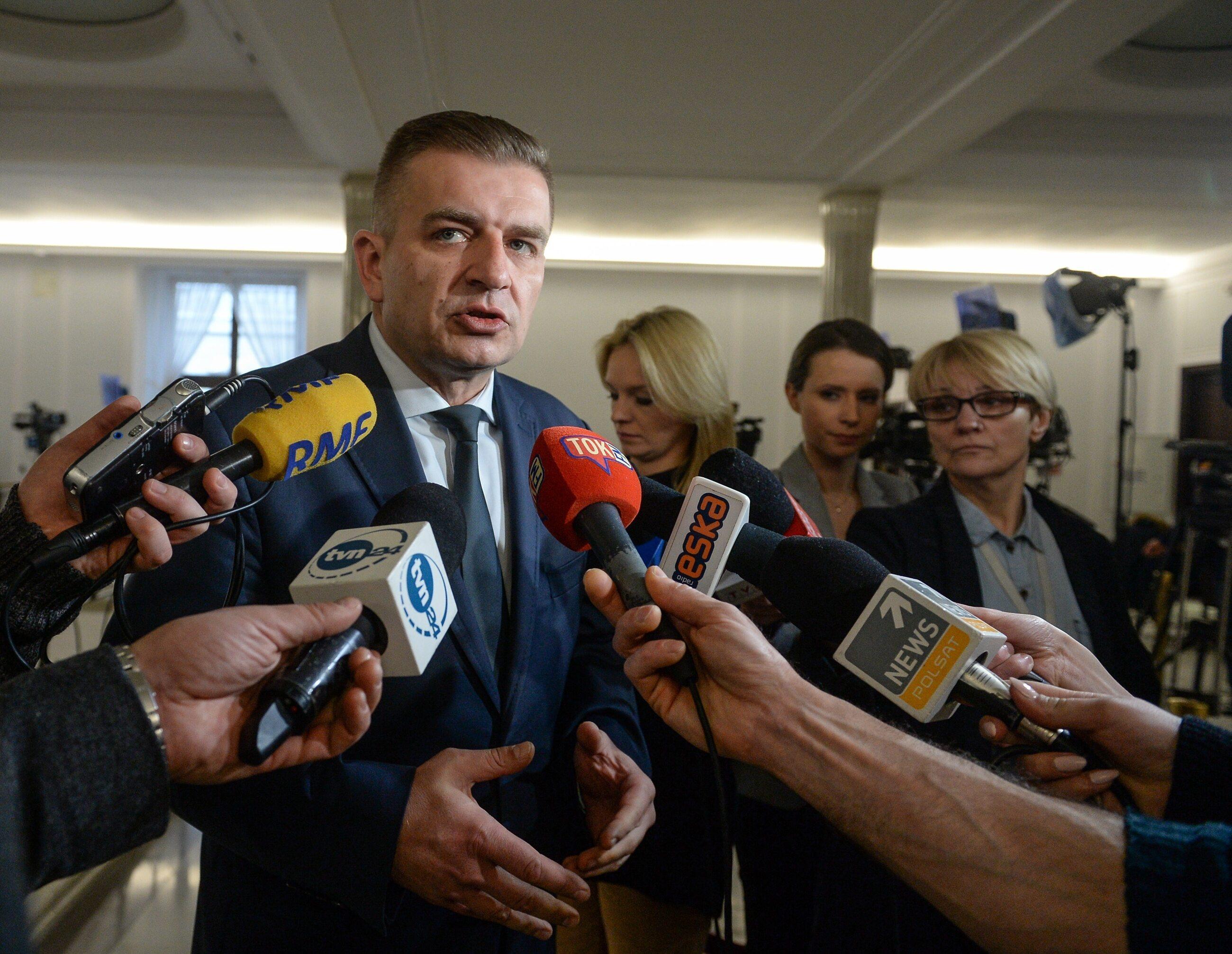 Przewodniczący komisji, poseł PO Bartosz Arłukowicz