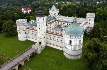 Renesansowy zamek w Krasiczynie
