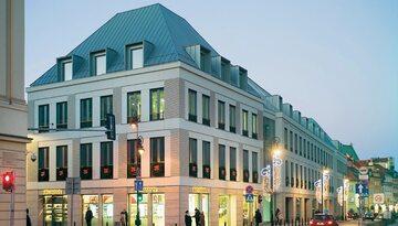 Rodzina M. na zreprywatyzowanym gruncie przy ul. Senatorskiej wybudowała biurowiec Business With Heritage