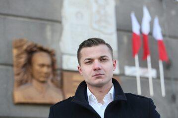 Rzecznik prasowy Młodzieży Wszechpolskiej Mateusz Pławski