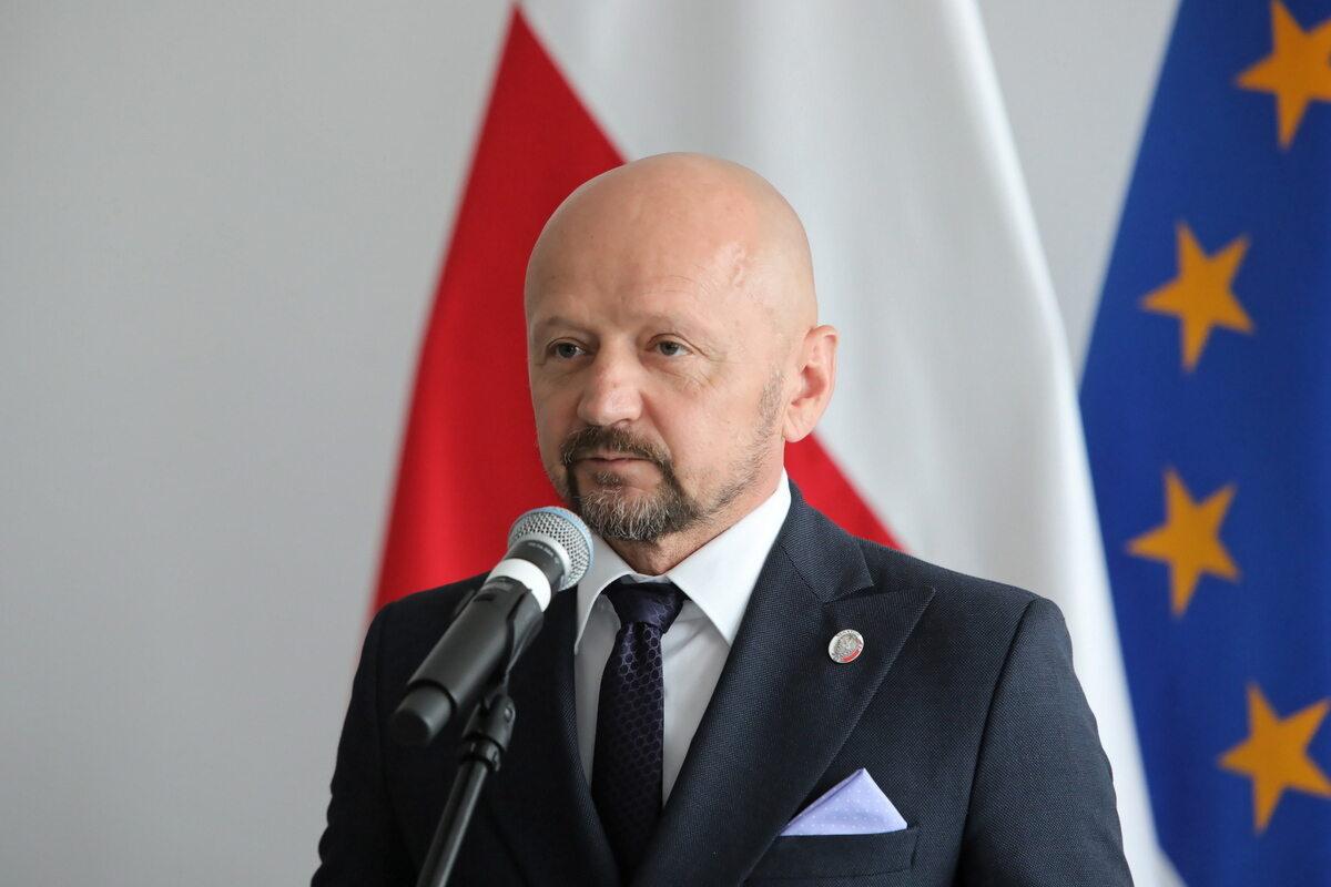 Senator Jacek Bury