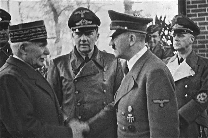 Spotkanie Phillippe'a Pétaina i Adolfa Hitlera, 24 października 1940 r. Fot: Bundesarchiv, Bild 183-H25217 / CC-BY-SA 3.0