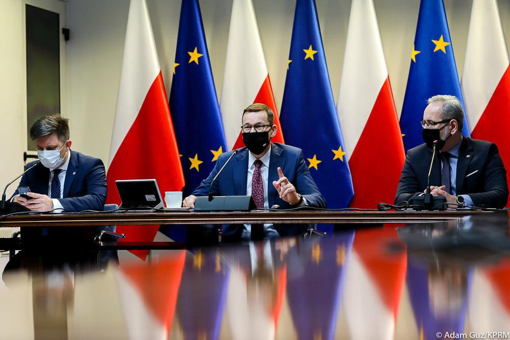 Spotkanie premiera Mateusza Morawieckiego z przedstawicielami ugrupowań parlamentarnych