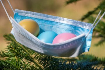 Święta Wielkanocne w dobie pandemii COVID-19, zdjęcie ilustracyjne