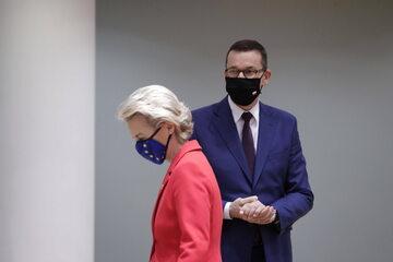 Szefowa KE Ursula von der Leyen i premier Mateusz Morawiecki