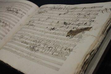 """Szkice do kantaty """"Der glorreiche Augenblick"""" op. 136 Ludwiga van Beethovena"""