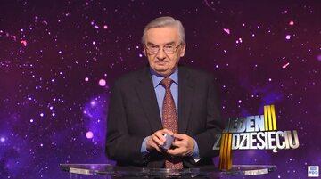 """Tadeusz Sznuk, prowadzący teleturniej """"Jeden z dziesięciu"""""""