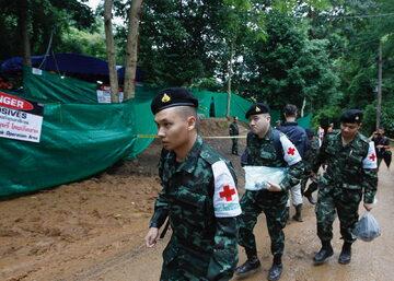 Tajlandia: akcja wydobywania uwięzionych w jaskini nastolatków