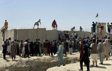 Talibowie przejęli kontrolę w Kabulu