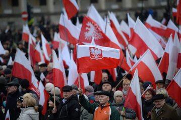 Warszawa, 13.12.2015. Uczestnicy V Marszu Wolności i Solidarności