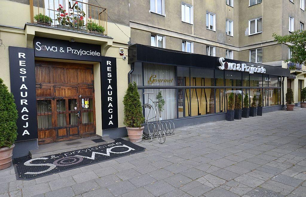 Warszawska restauracja Sowa & Przyjaciele – jedno z miejsc, w których nagrywano polityków