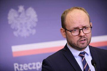 Wiceminister spraw zagranicznych Marcin Przydacz w siedzibie resortu w Warszawie