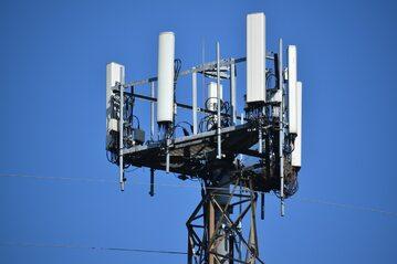 Wieża 5G, zdjęcie ilustracyjne