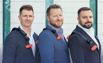 Właściciele firmy Smart Kid SA, którzy opracowali konkurencyjny dla fotelików Smart Kid Belt (od lewej): Norbert Gałuszewski, Maciej Łuczak i Krzysztof Markowski