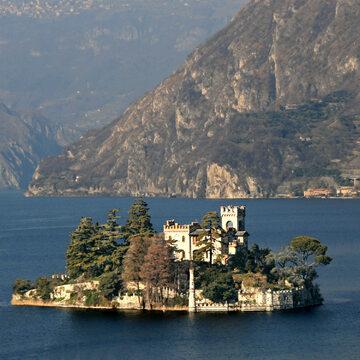 Włoska wyspa, zdjęcie ilustracyjne
