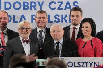 Wojciech Maksymowicz, Jarosław Kaczyński, Małgorzata Kopiczko, Artur Chojecki i Michał Wypij