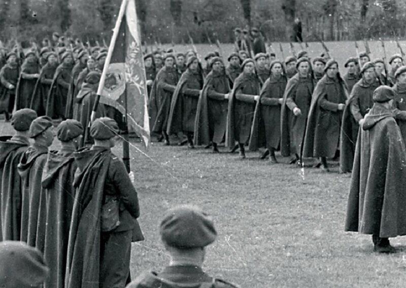 Wręczenie sztandaru Samodzielnej Brygadzie Strzelców Podhalańskich.